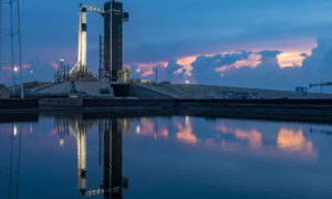 Δείτε Live την εκτόξευση του Έλον Μασκ – Αγωνία αν θα πετύχει η δεύτερη προσπάθεια