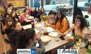 Τραπέζι για τη λήξη της σεζόν στα κορίτσια του ΑΟΧ στο Opap Rabona Sports Cafe