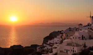 Reuters - Μετέδωσε live το ηλιοβασίλεμα της Σαντορίνης (video)