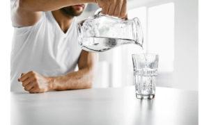 Η ιδανική ποσότητα νερού που πρέπει να πίνεις καθημερινά