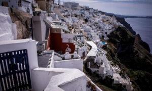 Θραύση κάνει η Ελλάδα στις κρατήσεις από Βρετανούς τουρίστες - Αύξηση 220% στις αναζητήσεις στο ίντερνετ
