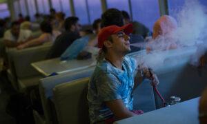 Κάπνισμα, άτμισμα, ναργιλές: Η σχέση με την Covid-19 σύμφωνα με νέα ευρωπαϊκή έρευνα