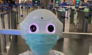 Το «Ελ. Βενιζέλος» γέμισε ρομπότ -Ποια είναι τα Pepper που ενημερώνουν τους επιβάτες για το ταξίδι τους και τον Παρθενώνα