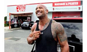 """Οι συμβουλές του Dwayne """"The Rock"""" Johnson για την επιστροφή στο γυμναστήριο"""