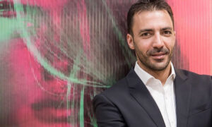 """Ο Βασίλης Μουντάκης μας μιλάει για τα 15 Χρόνια """"Vasilis Mountakis Hairways"""""""