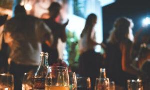 Kορωνοϊός - Κρήτη: Πρόστιμο 50.000 ευρώ σε μπαρ