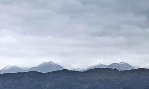 Οι πρώτες νιφάδες χιονιού και στα Λευκά Όρη