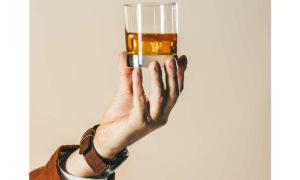 Γιατί όλοι πίνουν ουίσκι τον χειμώνα