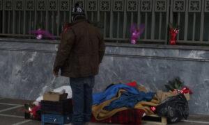 Ιδιοκτήτης στην Κρήτη παραχωρεί το ξενοδοχείο του για να φιλοξενηθούν άστεγοι (vid)