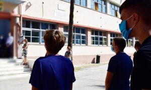 Σχολεία: Με τεστ κορωνοϊού θα επιστρέψουν οι μαθητές στα θρανία