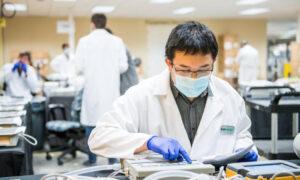 Έρχεται το πρώτο εμβόλιο Covid-19 σε μορφή «έξυπνου» τσιρότου
