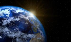 Κάτι τρέχει με την... Γη: Το 2020 ο πλανήτης άρχισε να γυρίζει πιο γρήγορα – Τι σημαίνει αυτό