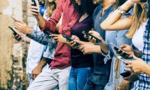 Τα 8 πράγματα που δεν πρέπει ποτέ να αποθηκεύετε στο smartphone σας