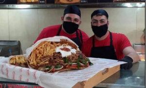 «Πίτα γύρο-ανθοδέσμη» για τον Άγιο Βαλεντίνο έφτιαξαν στην Κρήτη