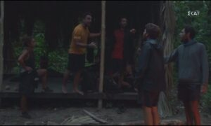 Survivor: Tελικά πλακώθηκαν στο ξύλο Τζέιμς και Σάκης, τους χώρισε η παραγωγή (vid)