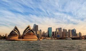 Η αεροπορική εταιρεία που λανσάρει τις «μυστηριώδεις πτήσεις» για να ενισχύσει τον τουρισμό