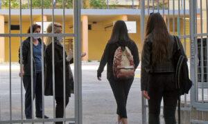 Άνοιγμα σχολείων μετά το Πάσχα προτείνει ο Σαρηγιάννης - Μοναδική εξαίρεση η Γ' Λυκείου, λόγω Πανελλαδικών