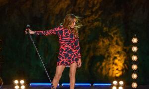 «Σπίτι με το MEGA»: Η Δέσποινα Βανδή στην καλύτερη τηλεοπτική συναυλία του καλοκαιριού